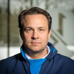Portrait Dr. Jörg Nikitopoulos